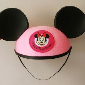Disney Parks - Minnie Mouse Ears - pink felt hat